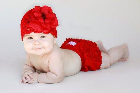 Red Rose Scalloped Crochet Flower Hat