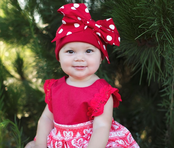Red & White Oversized Bow Hat