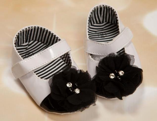 Black & White Chiffon Flower Shoes
