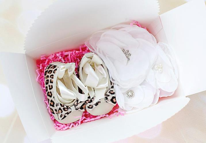 Leopard Ribbon Tie Crib Shoes with Off White Headband Gift Set